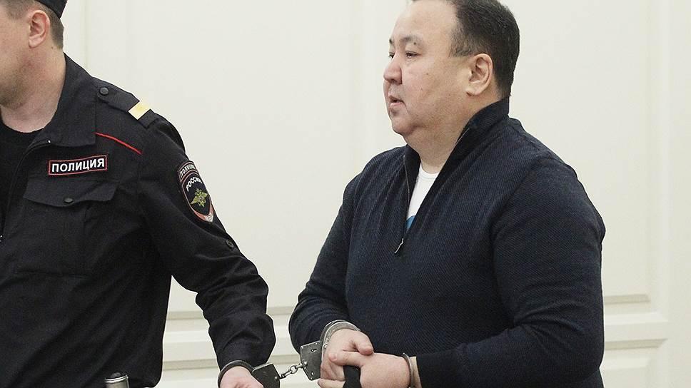 Очередной громкий арест в ФСБ – и снова биткоины