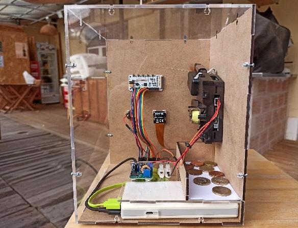 Поклонник биткоина построил самодельный банкомат для транзакций в сети Lightning Network